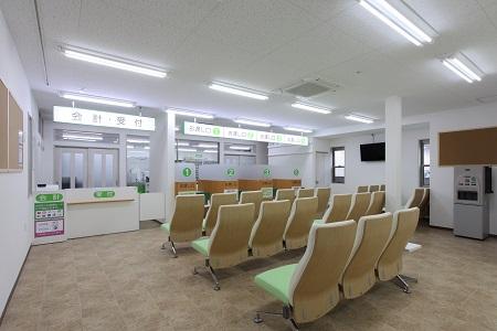 南山堂薬局浪速店(店内)